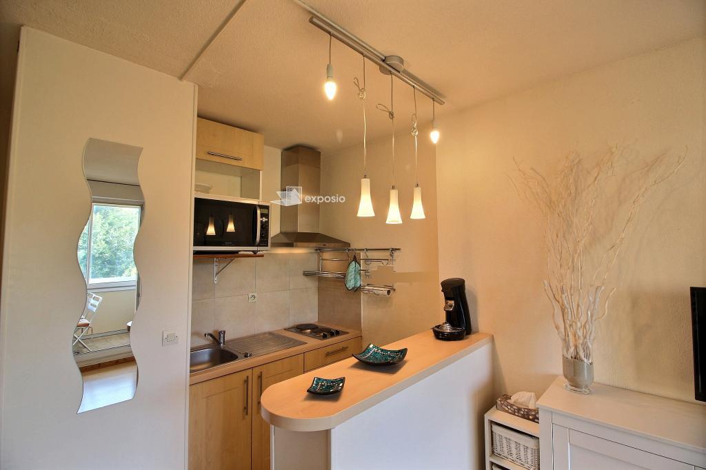 A vendre appartement Sanary 2 pièces de 29 m² - Dans résidence avec piscine