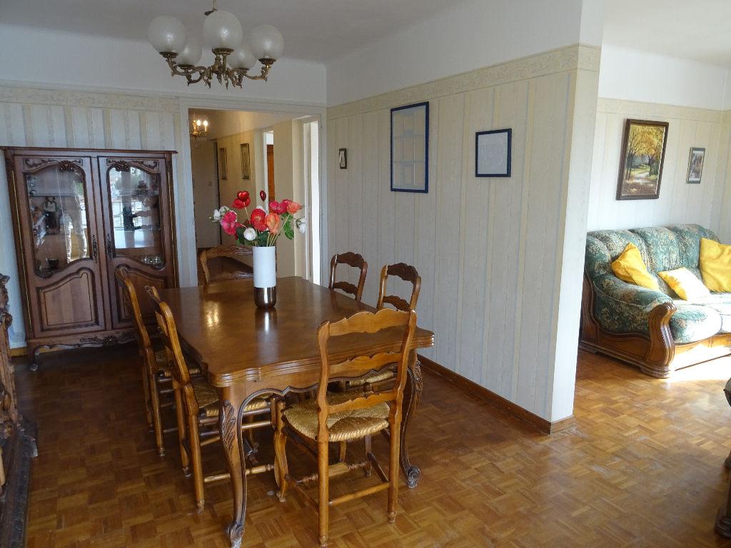 Vente appartement Toulon Ouest T4 en dernier étage, cave et garage