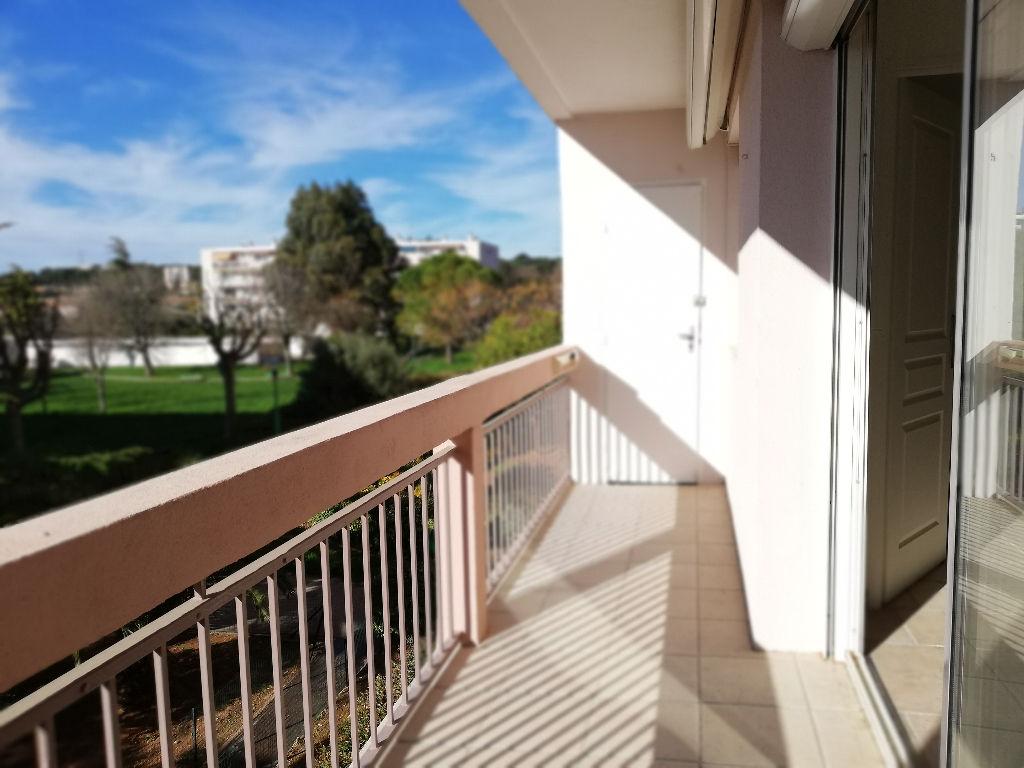 A louer appartement Toulon 4 pièces - Résidence sécurisée avec parc