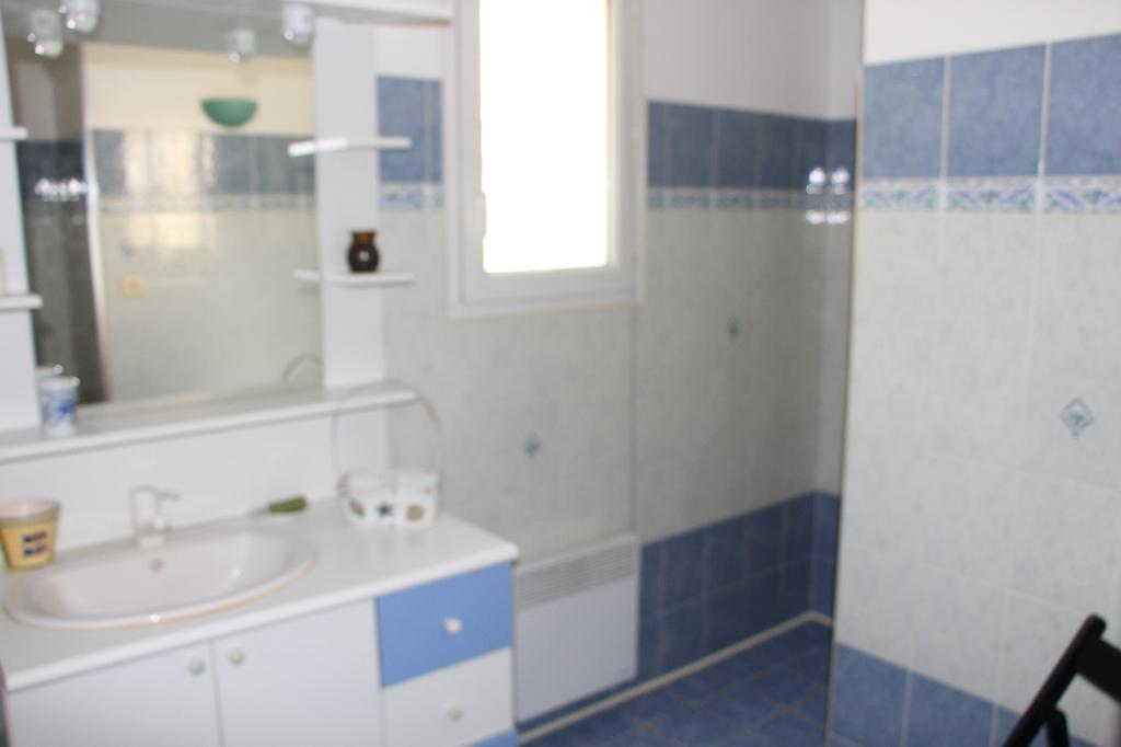 A vendre Villa récente Ollioules 6 pièce(s) 133 m² - Terrain plat piscine possible