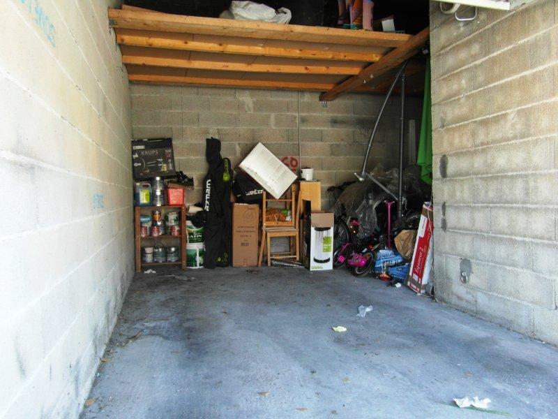 maison t4 la garde maison mitoyenne avec garage et parking. Black Bedroom Furniture Sets. Home Design Ideas