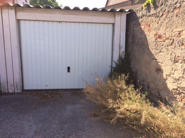 Garage box la seyne sur mer syneo immobilier for Garage fiat toulon la garde