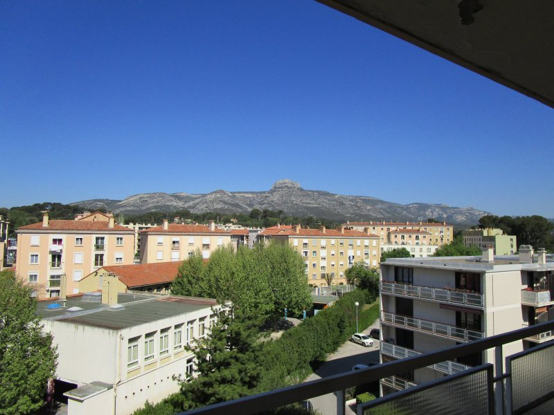 T3 t4 aubagne syneo immobilier for Appartement t3 t4