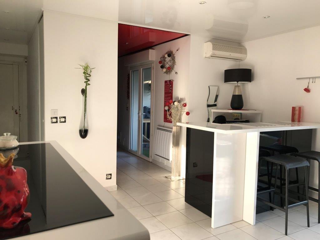 t3 t3 la ciotat syneo immobilier. Black Bedroom Furniture Sets. Home Design Ideas