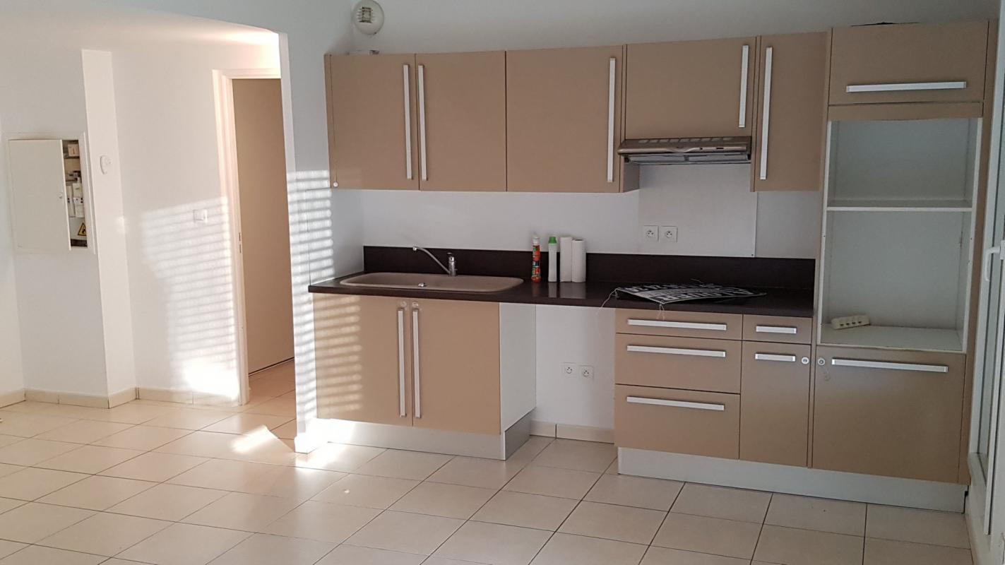 appartement t4 la ciotat syneo immobilier. Black Bedroom Furniture Sets. Home Design Ideas