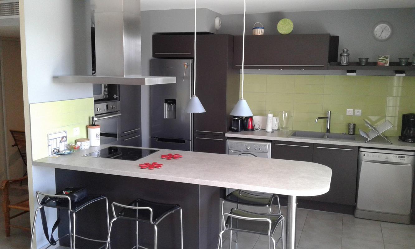 t4 t4 la ciotat syneo immobilier. Black Bedroom Furniture Sets. Home Design Ideas