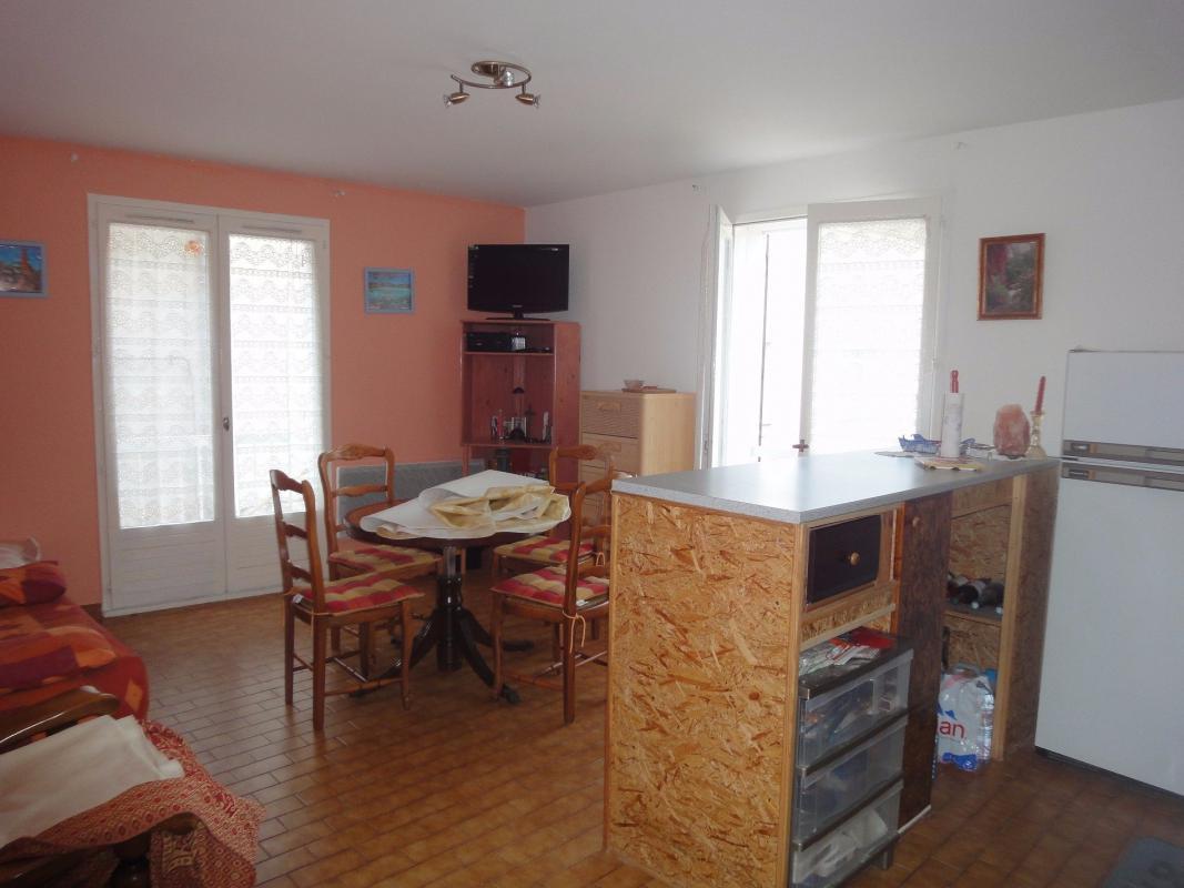 Appartement t3 en r sidence s curis e avec piscine la ciotat 13600 syneo immobilier - Residence avec piscine marseille ...