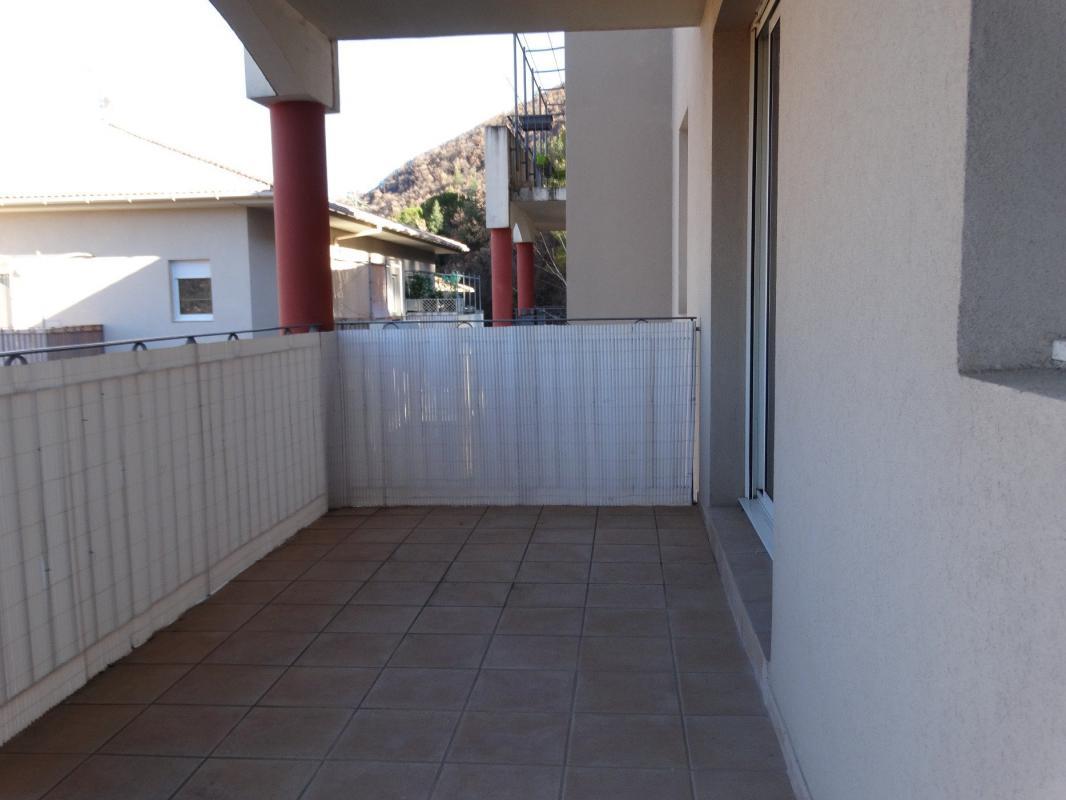appartement t2 baisse de prix r cent type 2 de 51 m2 terrasse garage et digne les bains. Black Bedroom Furniture Sets. Home Design Ideas
