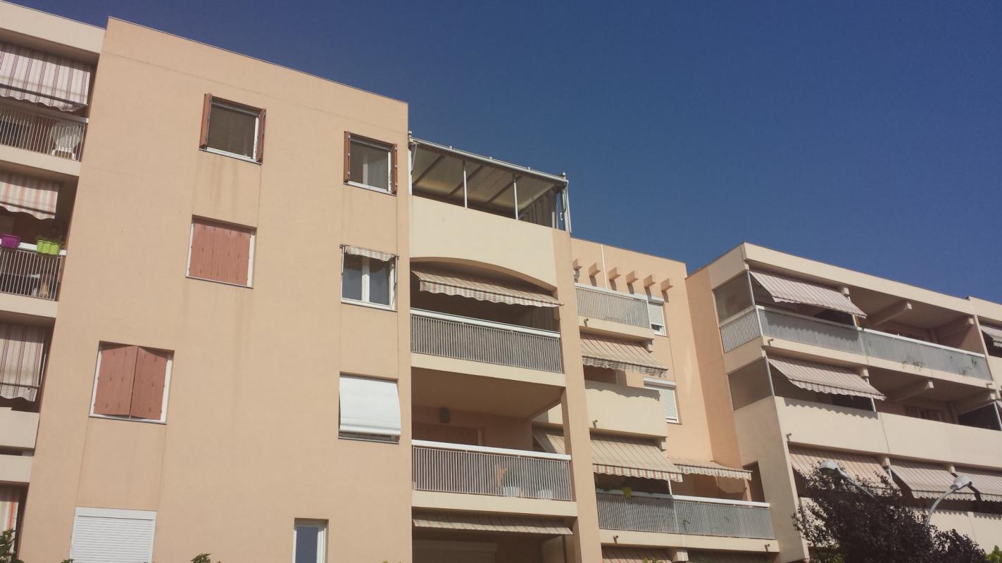 Appartement t2 la garde grand t2 dernier etage parking for Appartement t2
