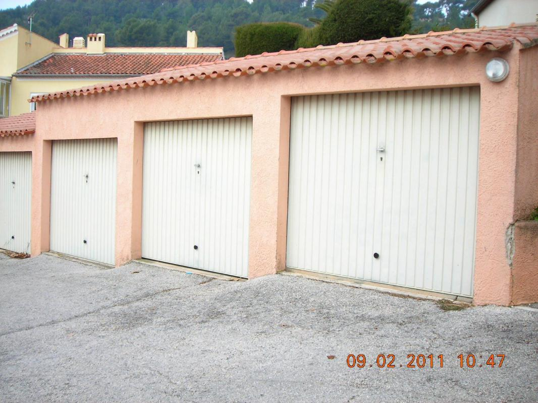 Maison t3 villa avec garage au calme proche commodites la for Garage opel la garde
