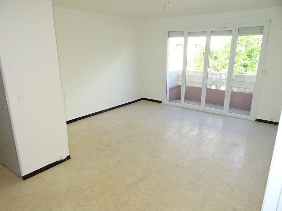 La garde viager libre appartement t3 2 garages r sidence for Garage opel la garde