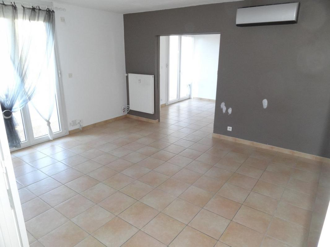 Appartement t5 la valette appartement t5 102m2 r sidence for Appartement t5