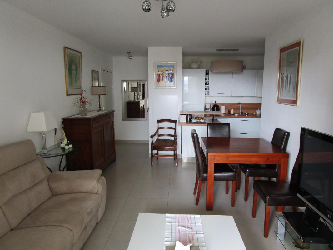 Appartement t3 marseille aubagne cogestim for Marseille appartement
