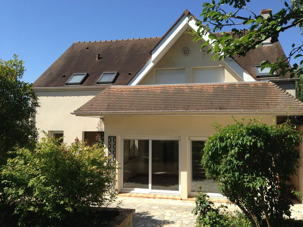 Jolie maison 180 M2 dans St Nom