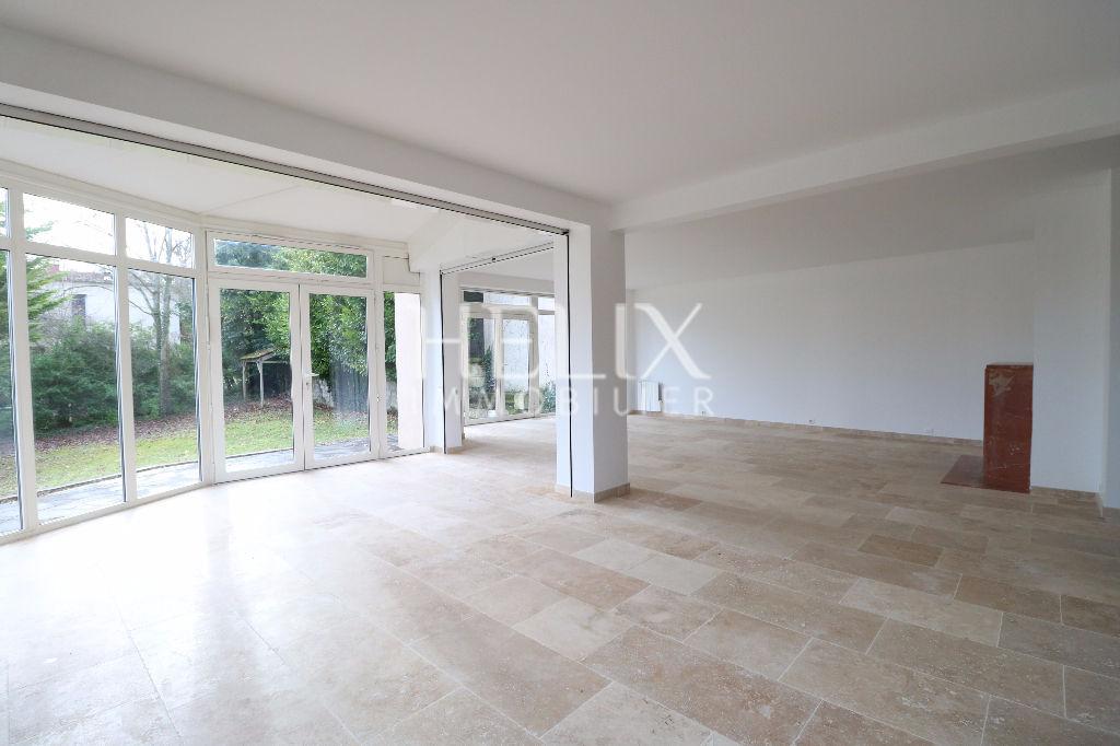 Le Pecq Saint Wandrille - Belle maison de 197 m² de 6 pièces