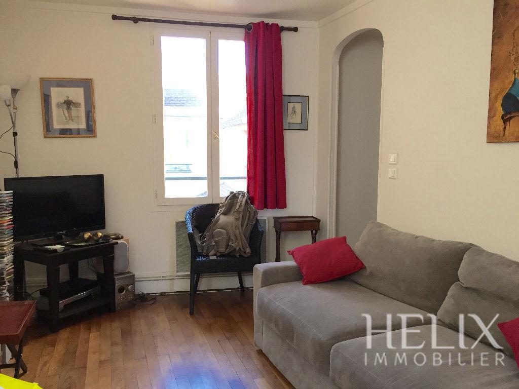 Apartamento Saint-Germain-en-Laye - 2 habitación (s) - 32,5 m2