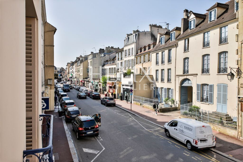 appartement rue de poissy saint germain en laye helix immobilier. Black Bedroom Furniture Sets. Home Design Ideas