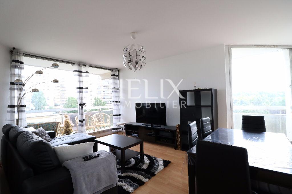 Saint Germain en Laye - Appartement 2 pièces de 57 M² avec balcon