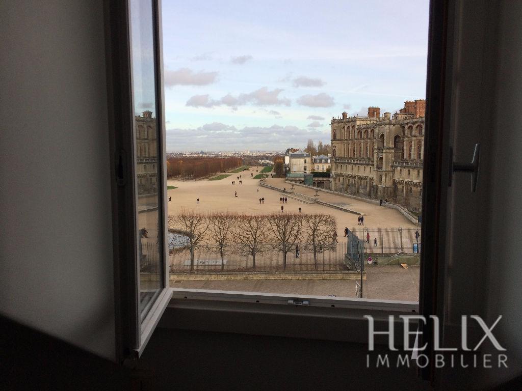 Studio de 19 M² au sol au pied du RER de Saint Germain en Laye