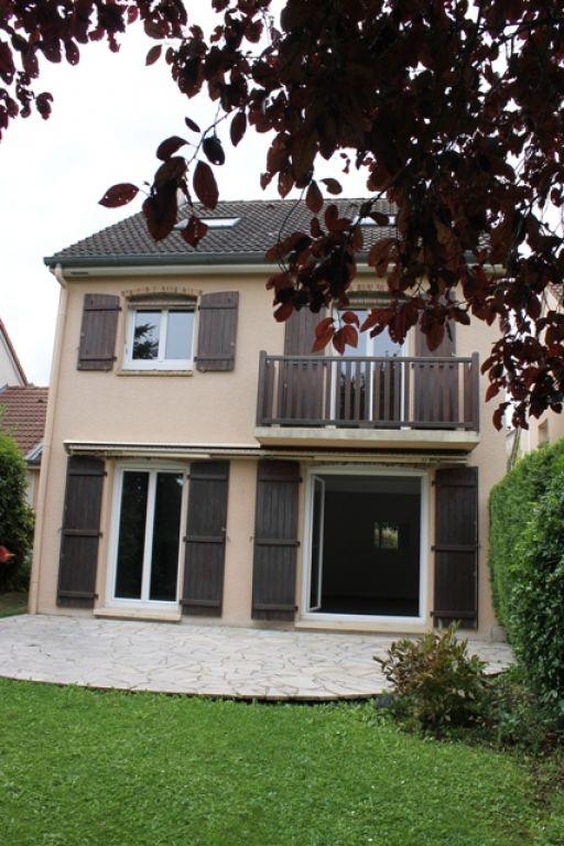 Maison FOURQUEUX - 7 pièce(s) - 141 m2