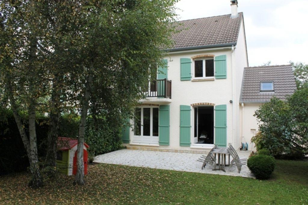 Maison FOURQUEUX - 7 pièce(s) - 131 m2