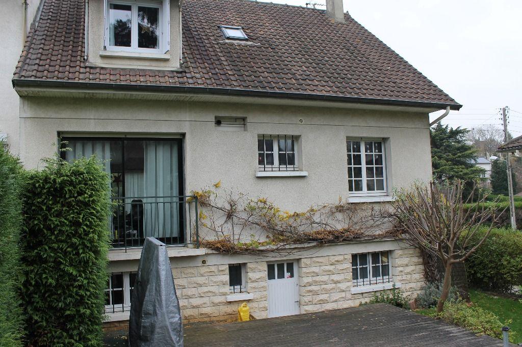 Maison L Etang La Ville 7 pièce(s) 120 m2