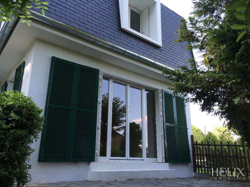 MARLY-LE-ROI - Belle maison avec 4 chambres en centre-ville