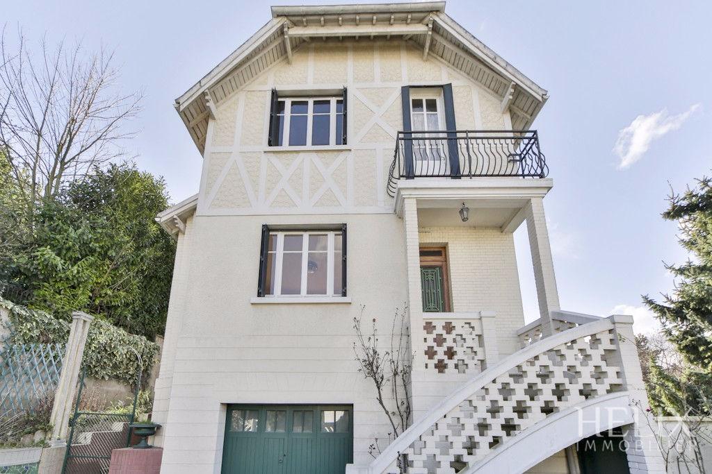 Maison 6 Piéces de 110 m² sur 345m² terrain