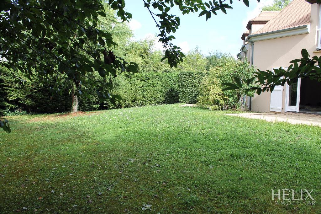 Maison Saint Nom La Breteche 9 pièce(s) 200 m2
