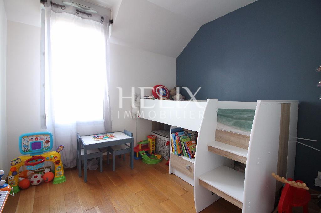 appartement en duplex chambourcy helix immobilier. Black Bedroom Furniture Sets. Home Design Ideas