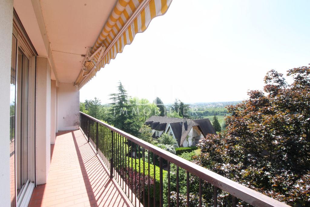 Vente appartement à Chambourcy 118 m² au dernier étage avec 4 chambres