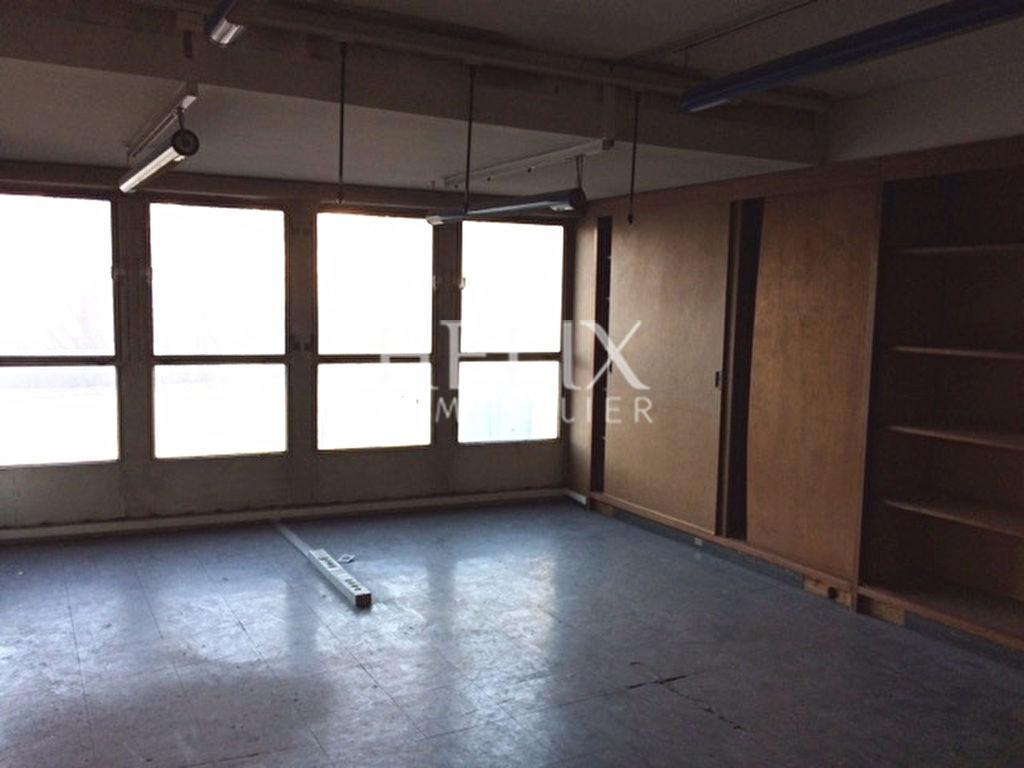 Local d'activité Saint Germain En Laye 2 pièce(s) 60 m2