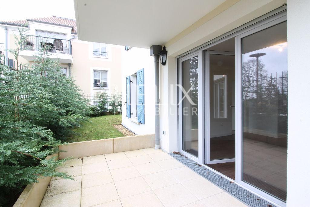 Appartement à vendre à vendre à Fourqueux dans une résidence de 2015