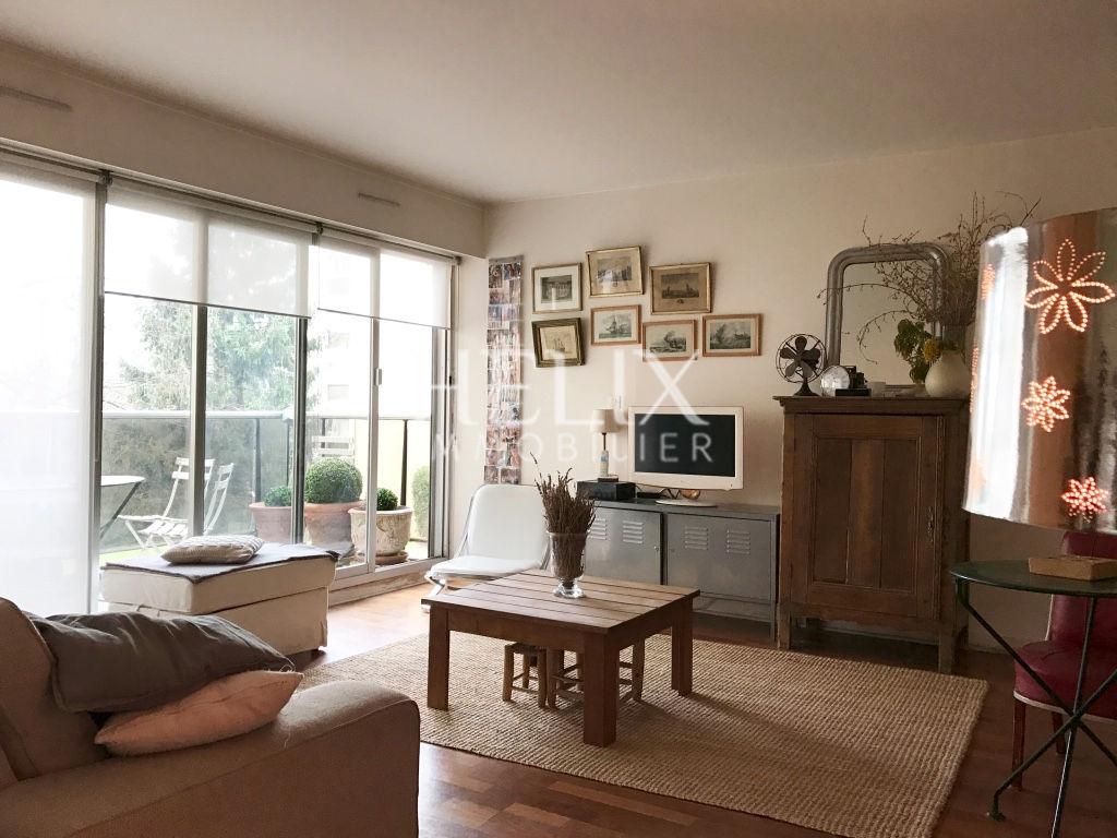 Un bel appartement 95 M2, 4 chambres proche lycée international