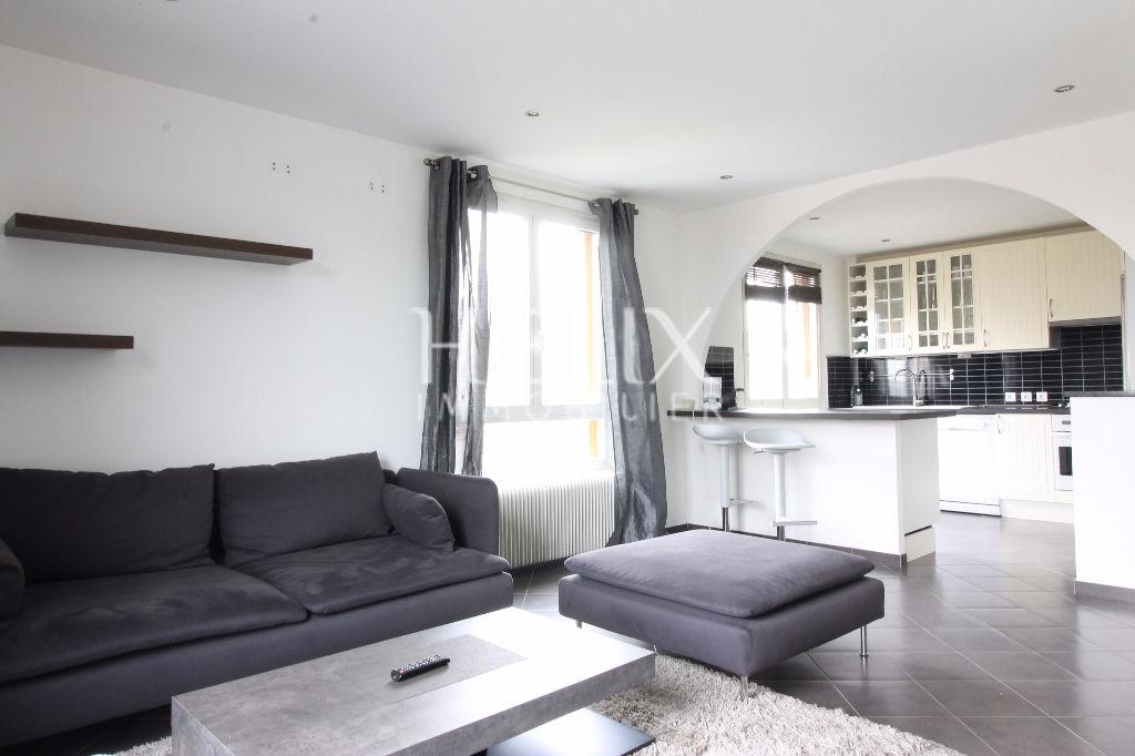 Vente appartement 2 pièces Saint Nom La Bretèche proche commerces