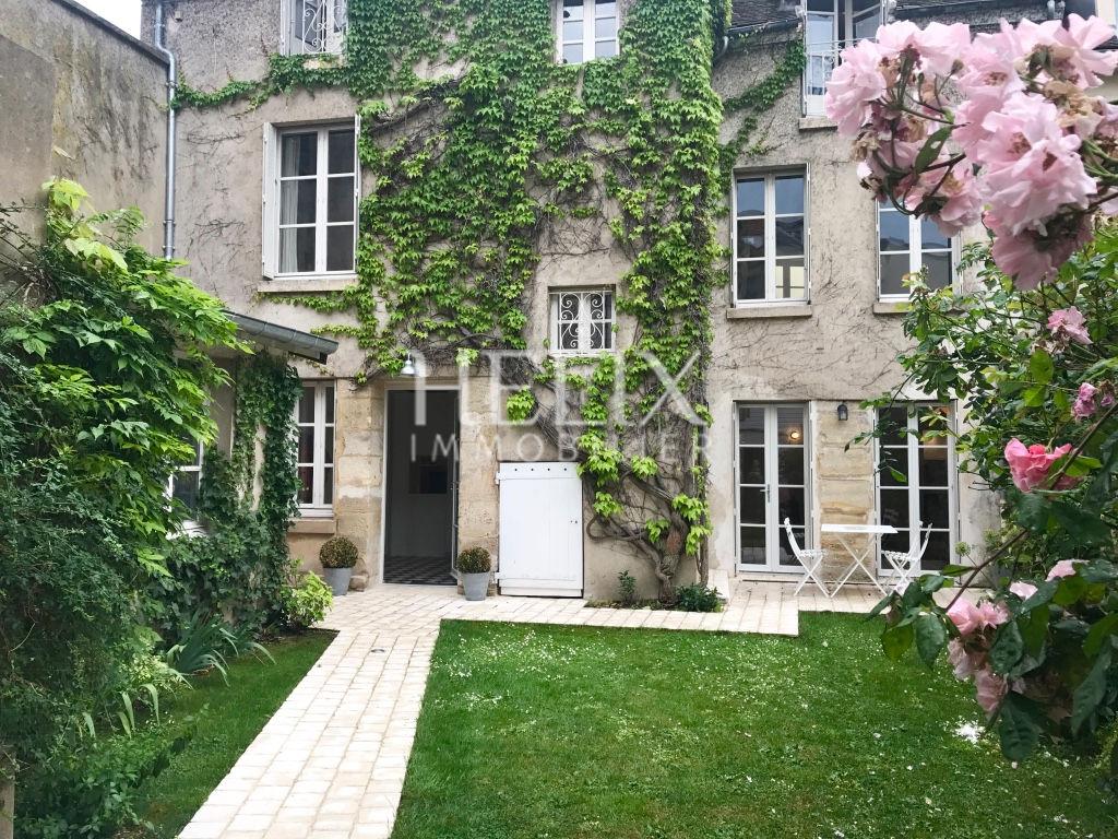 Magnifique maison 160 M² à Saint Germain En Laye, 3 Minutes du RER A