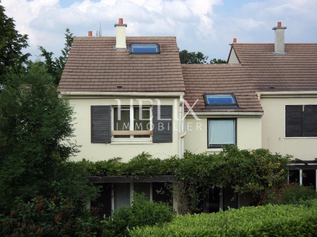 Le Port Marly - Maison de 6 Pièces 128 M² avec jardin