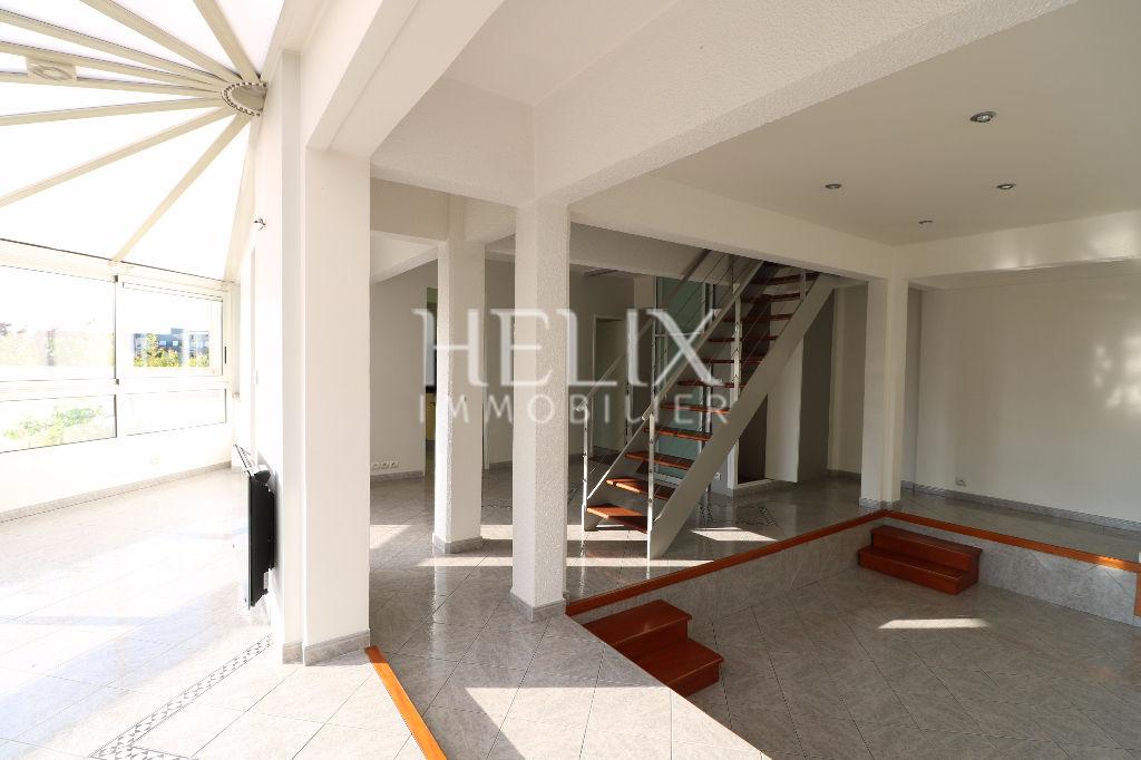 Chatou - A vendre Duplex très lumineux de 123 m2 - 3 chambres