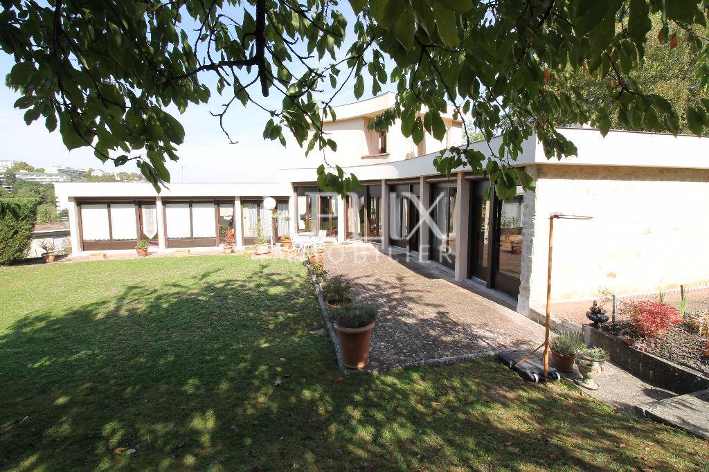 Maison Le Port Marly 10 pièces 220 m2