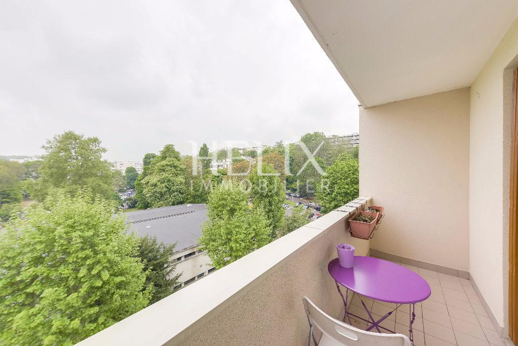 LE PECQ - Appartement 4 pièces de 70 m2
