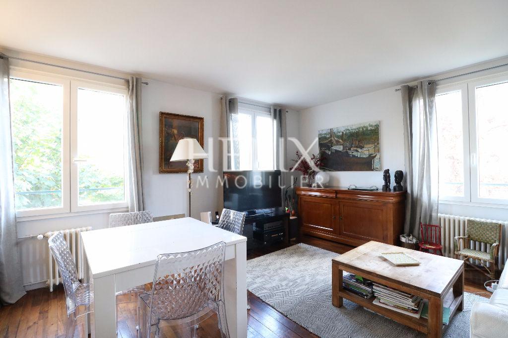 Le Vésinet Centre - Bel appartement 4 pièces de 81 M²