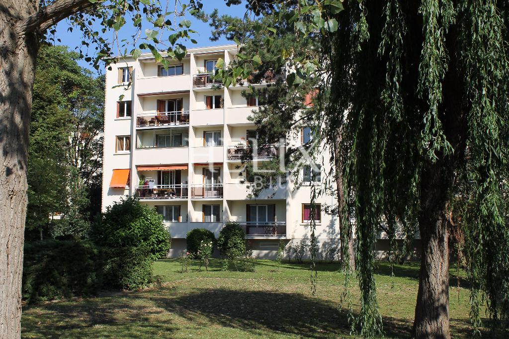 Appartement Le Pecq 3 pièces en étage sans vis à vis