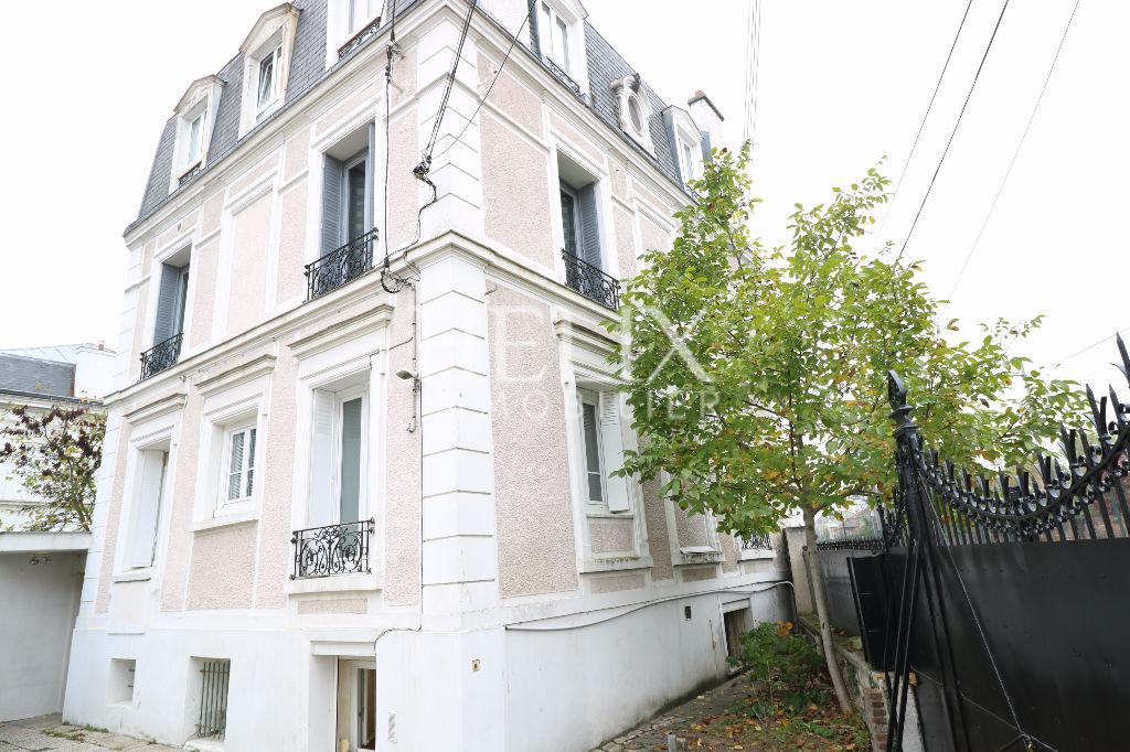 Chatou Centre Ville - Appartement 1 pièce de 22 M²