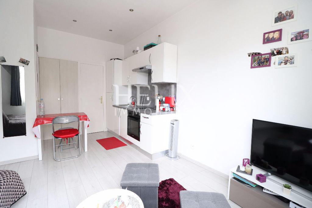 Appartement Le Vesinet 1 pièce(s) 20 m2