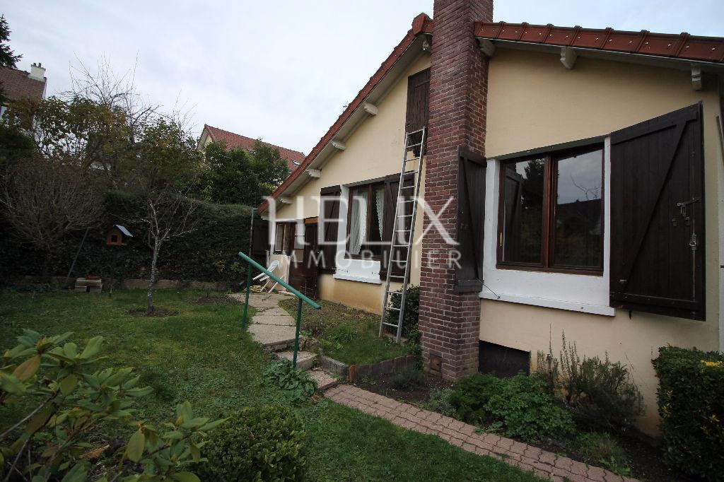 Maison à vendre à Mareil Marly, 2 chambres