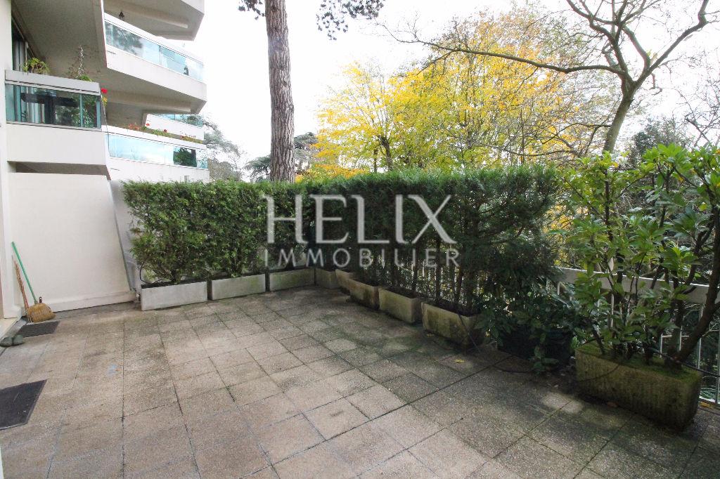 A vendre : appartement de 60 m²   avec terrasse