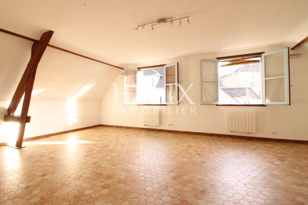appartement 3 pièces au coeur du village de Fourqueux