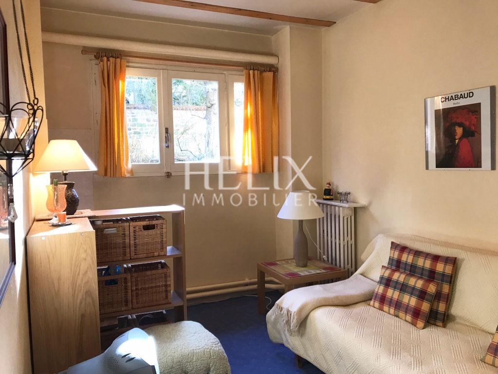 Deux chambres à vendre 20,60 M² à Saint Germain en Laye, 6 minutes du RER A!