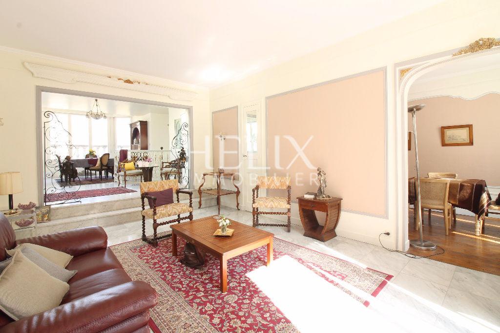Maison  lumineuse Le Port Marly 136 m2