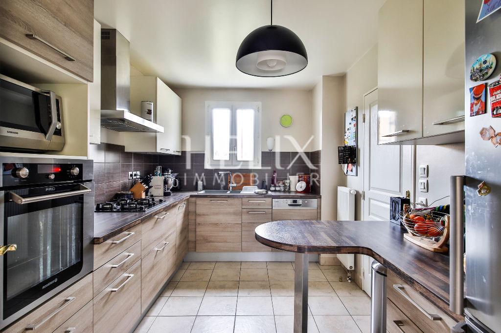 Une jolie maison récente bien agencée à Villennes- sur -Seine